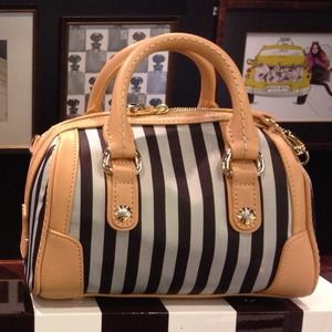 Henri Bendel  Handbags - Henri Bendel Brown & White Petite Barrel