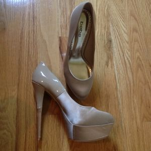 BRAND NEW- never worn! Bebe nude pumps!