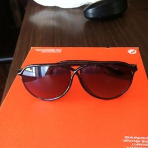 Tom Ford Vicky Sunglasses New