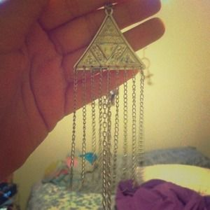 Cute hipster triangle necklace