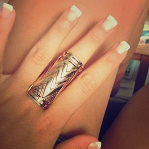 REDUCEd!House of Harlow tribal ring