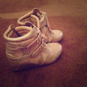 """Steve Madden """"Jolympia"""" Gold Wedge Boots"""
