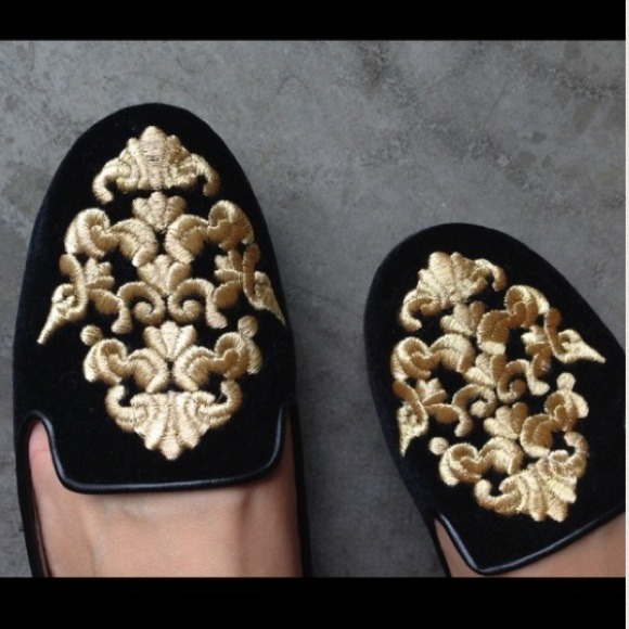 🌟Sale🌟 Zara Black Velour Flats