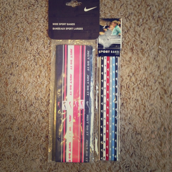 Women s Nike Adidas sport headbands 746b185e46f