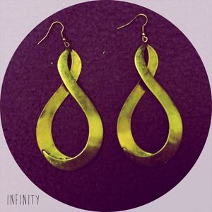 Jewelry - Vibtage Gold Tone Large Infinity Earrings🔥