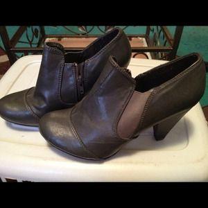 Gray Booties/heels! New! 8