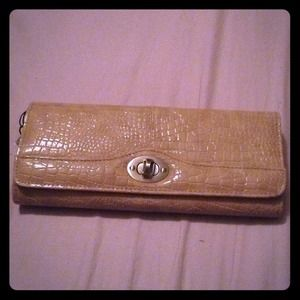 NEW Beige alligator skin clutch new used
