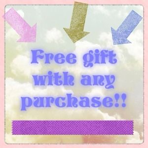 😍🎀Free gift with any purchase!!💌💜