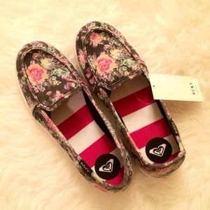 Roxy Shoes - Floral Roxy Slip Ons