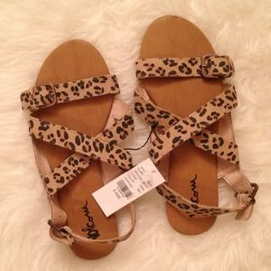 RESERVED Volcom Leopard Buckle Sandals