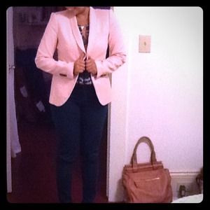 *Adorable Zara Pink Blazer*