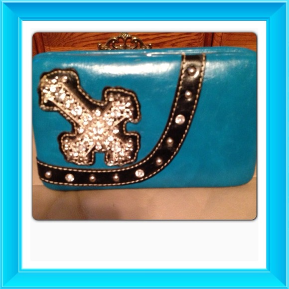 Clutches & Wallets - Haley Beez Wallet NWOT