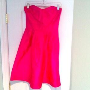 NWT DVF Bowenia strapless dress in color Azalea