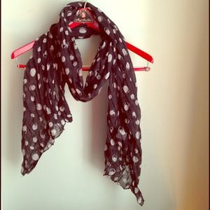 Fraas Accessories - ❗️Lowest Price❗️Last Chance! Circle Print Scarf