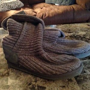 💥SOLD💥 Gray Cardy Ugg boots