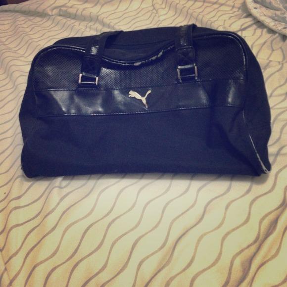 4454d8f6edf Puma Bags   Black Duffle Bag   Poshmark