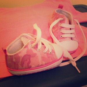 Other - Baby girl Camo Sneakers size 1