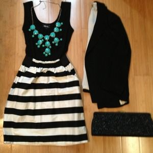 ✂BUNDLE! ✂Black Striped Dress! Juniors Size Small
