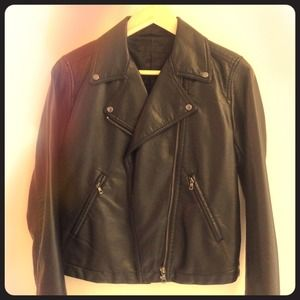 UNiQLO Black Leather Bikers Jacket