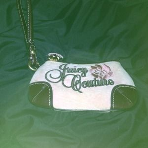 Small Juicy Couture wristlet