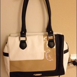 👜Nine West Purse