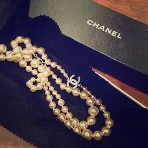 CHANEL Accessories - SOLD! Authentic CHANEL pearl necklace