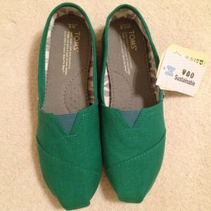8fdbc097b76 TOMS Shoes - Earthwise Green Toms! NWT!