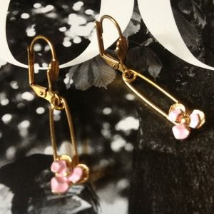 LF Jewelry - LF Pink & Gold safety pin earrings