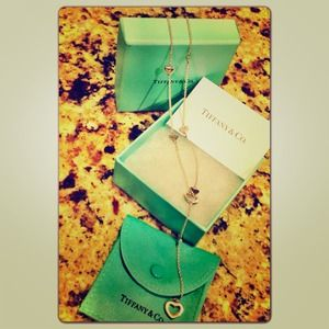 ❌❌SOLDTiffany & Co. Lariat Pendant Heart Necklace