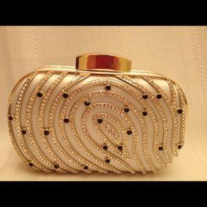 Kiara purse