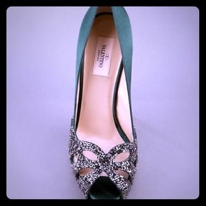 Jeweled Valentino green silk open toe pumps*chic