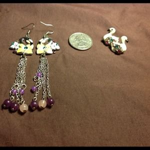 2 pairs of colorful bird earrings