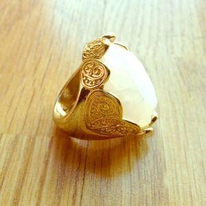 🚫SOLD🚫Gold Gemstone Ring