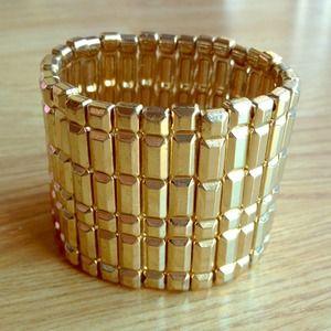 🚫SOLD🚫Gold Bracelet Cuff