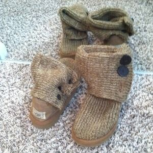 100% Authentic Oatmeal Cardy Uggs