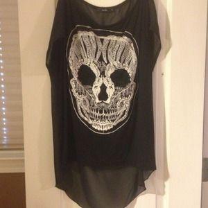 NWOT Embroidered skull shirt