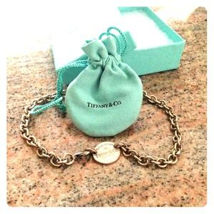 Tiffany and Co Authentic oval tag necklace