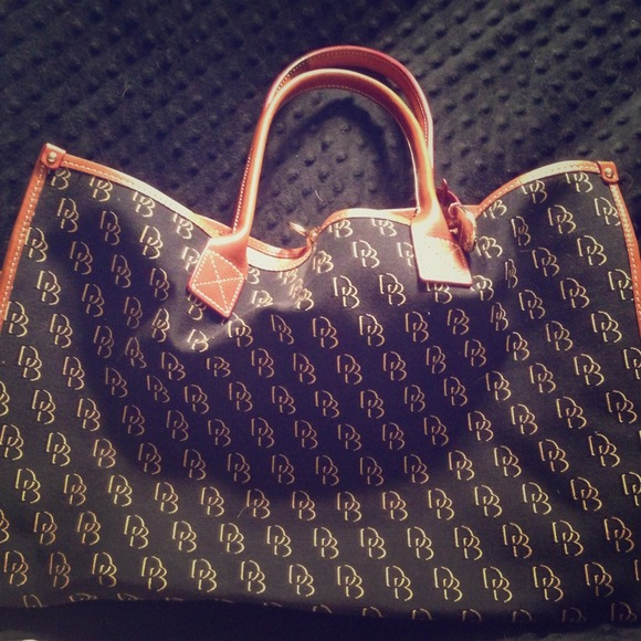Cheap Wedding Dresses Jackson Ms: 51% Off Dooney & Bourke Handbags