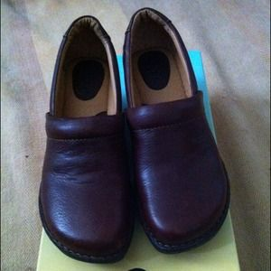 Brown Nursing Shoes