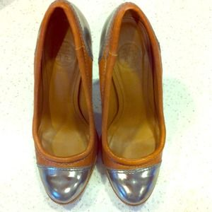 Tory Burch Shoes - 🍁FINAL SALE🍁HP Tory Burch Nova Lamb heel