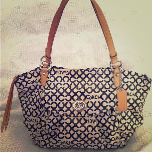 Coach Handbags -  HOLD for Elizabeth!  Coach Op Art Leah 124c8c8a42115