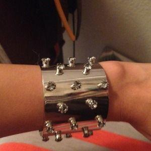 Silver spikes (stones) cuff