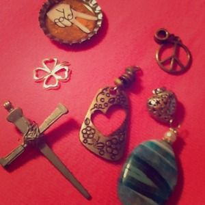 Accessories - ⛄️❄️RANDOM CHARMS boho theme, peace, heart, cross,