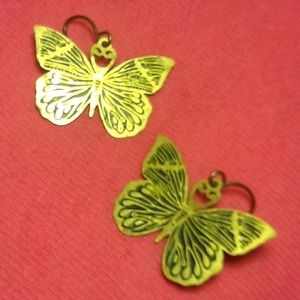 Jewelry - ⛄️❄️Butterfly earrings🌸dangle, gold, lightweight
