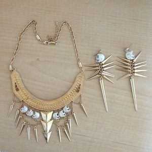 Accessories - Skull necklace & earrings