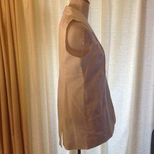 Adrienne Vittadini Jackets & Coats - Sleek White Adrienne Vittadini Sleeveless Blazer