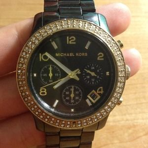 SOLD Authentic MICHAEL KORS Watch black/crystal