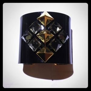 Juicy Couture Pyramid Cuff