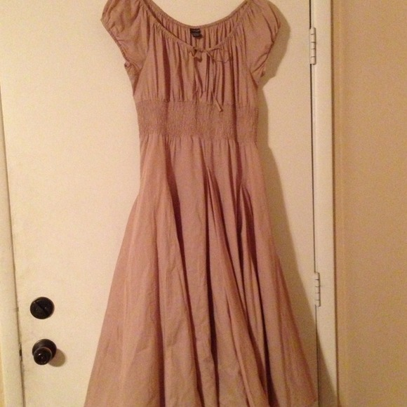 61e3e710945 Chelsea   Theodore Dresses   Skirts - NWOT! Chelsea   Theodore Peasant Dress