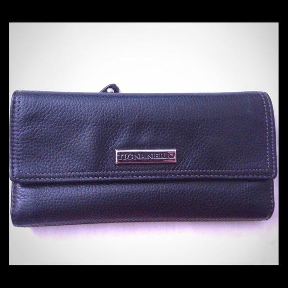 73% off TIGNANELLO Handbags - TIGNANELLO Black Genuine